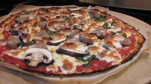 Blomkålspizzabund meatza.jpg.